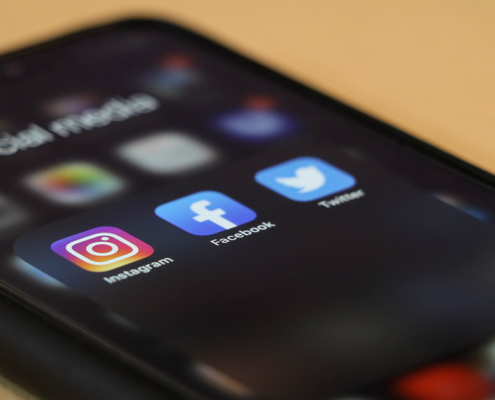 social media COMMERCIAL
